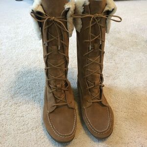 Sperry lace-up moccasin boots